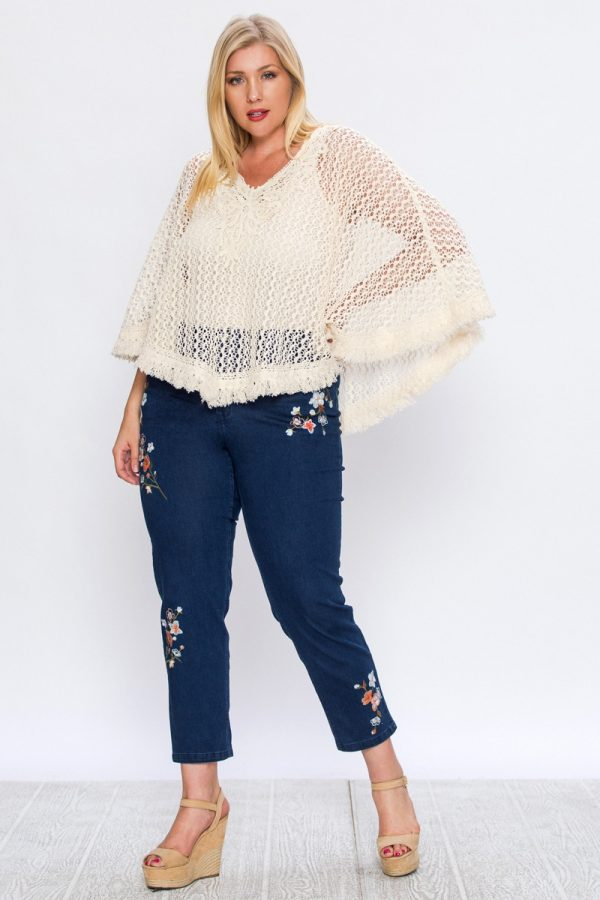 SKINNY JEANS WITH FLORAL EMBROIDERY-Plus size
