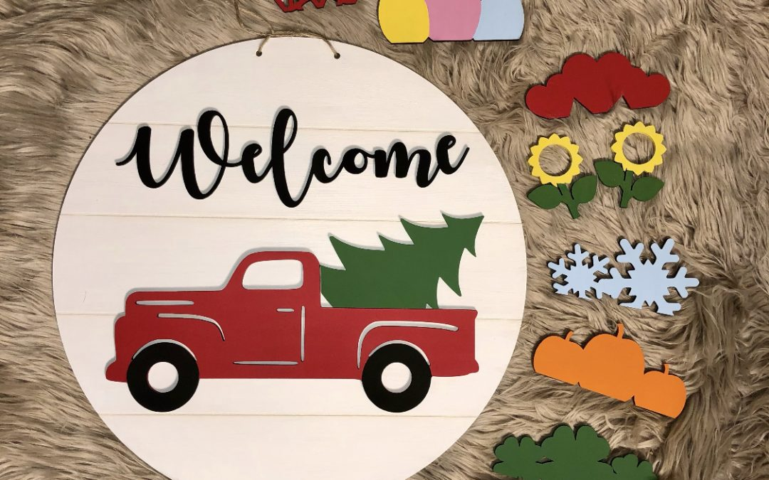 Vintage Welcome Truck Seasonal Door Hanger (Huntsville)